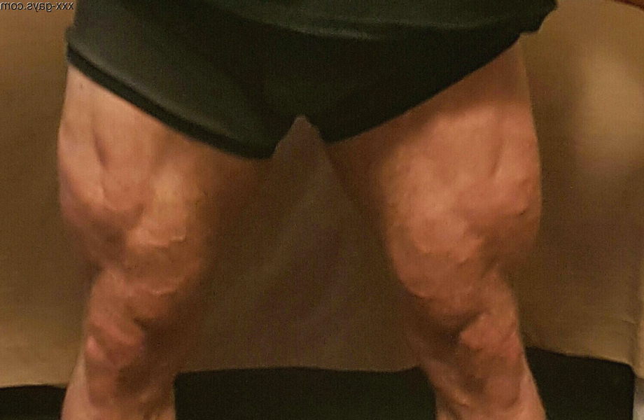 4 years of hard work and heavy squats! I\'m really proud of my quads! I hope you like them too?   Legs  Porn XXX   Hot XXX Gays