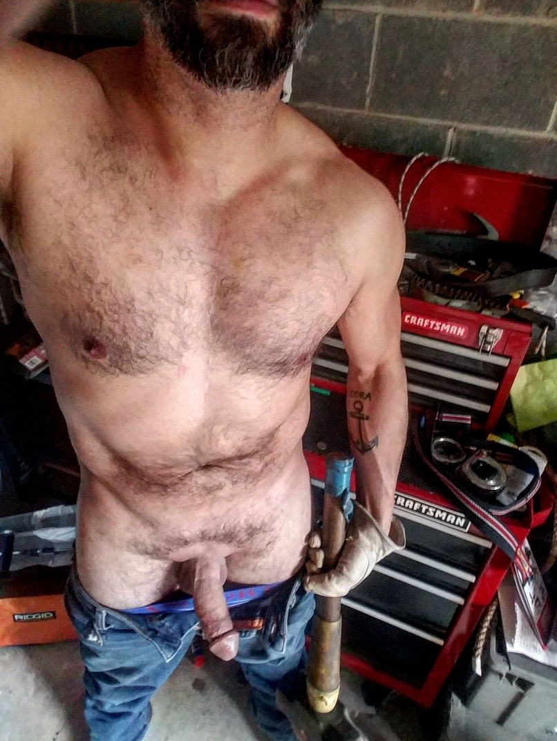 42M Just another Friday in the fab shop   Daddy/Mature  Porn XXX   Hot XXX Gays