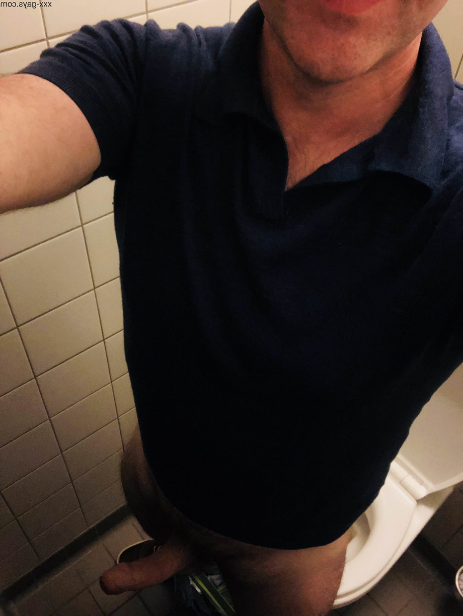 [48] Taking care of things @work | Daddy/Mature  Porn XXX | Hot XXX Gays