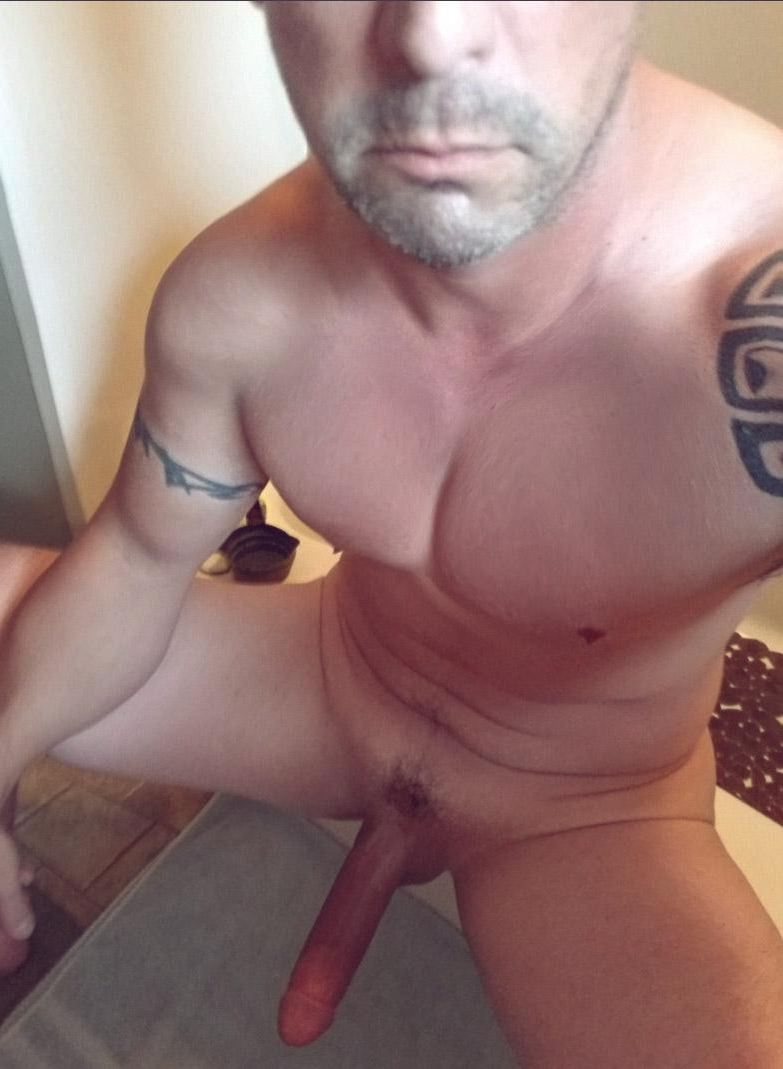 Anyone need a ride? 36M   Daddy/Mature  Porn XXX   Hot XXX Gays