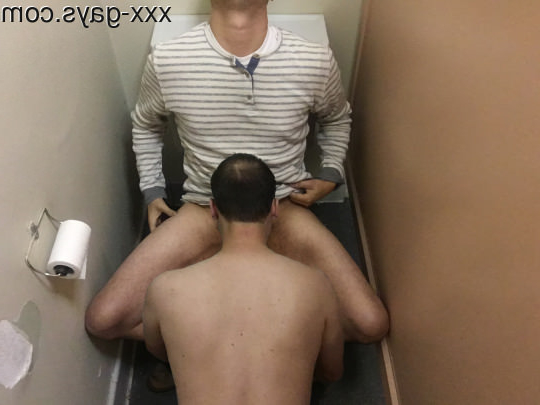 Bathroom Blowjob | Blowjob Porn XXX | Hot XXX Gays