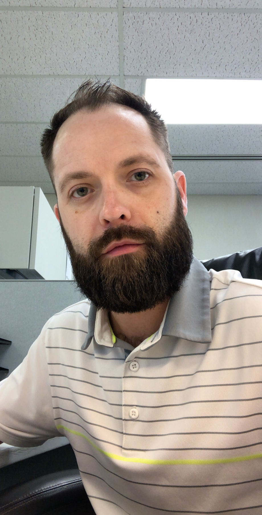 Beard is back to work and not happy about it | Beards  Porn XXX | Hot XXX Gays