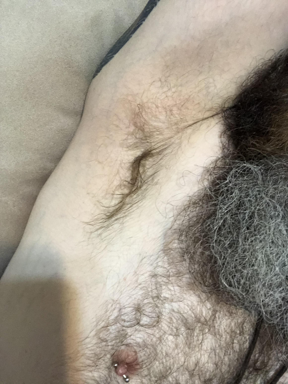 Didn't shower after the gym this morning and I'm about to do some hot yoga   Armpits  Porn XXX   Hot XXX Gays