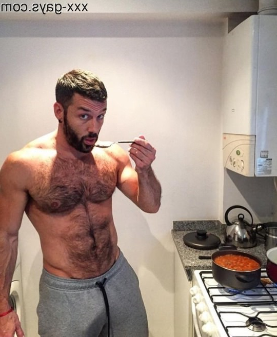 Doing some cooking   Pants  Porn XXX   Hot XXX Gays