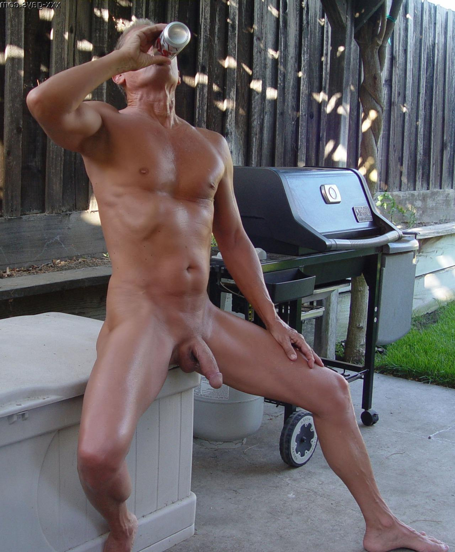 Having a drink in the shade   Daddy/Mature  Porn XXX   Hot XXX Gays
