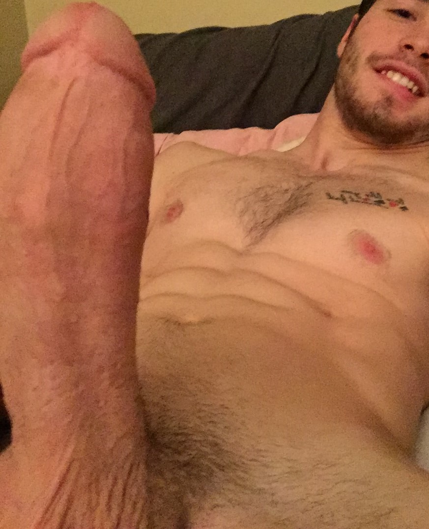 I\'m Not a Hunk It\'s Just the Angle | Hunks  Porn XXX | Hot XXX Gays
