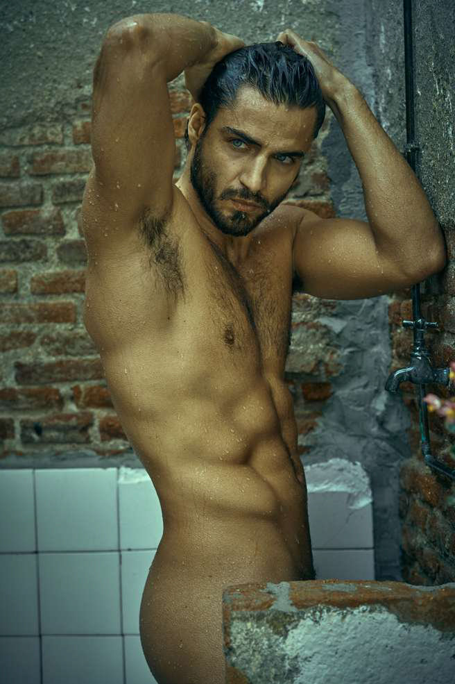 Maxi Iglesias - Spanish Actor. [2nd Image In Comments]   Celeb  Porn XXX   Hot XXX Gays