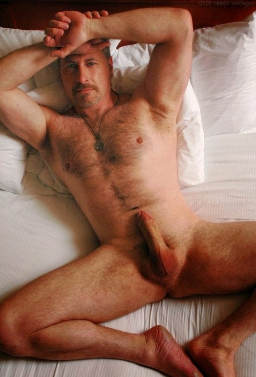 Naked daddy in bed | Hot Boys  Porn XXX | Hot XXX Gays
