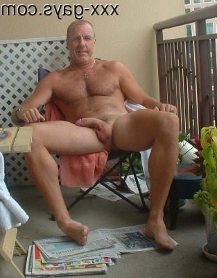Naked on the patio | Daddy/Mature  Porn XXX | Hot XXX Gays
