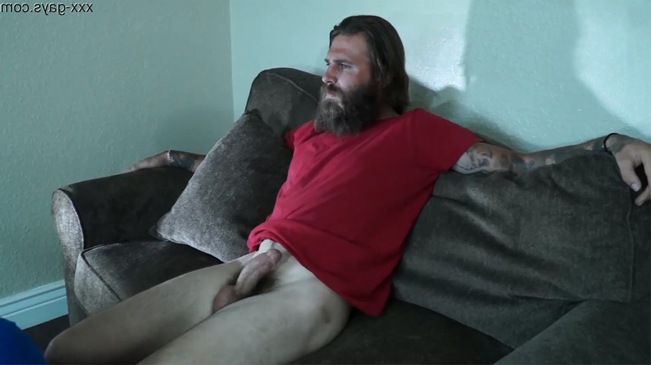 [NSFW NUDITY] A modern Viking relaxing and just watching TV. | GoneWild  Porn XXX | Hot XXX Gays