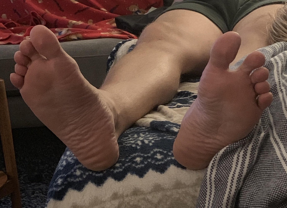 Open wide for my bf's thick 13s. His god feet deserve to be served. Let me know if you think you've got what it takes.   Gay Feet Worship  Porn XXX   Hot XXX Gays