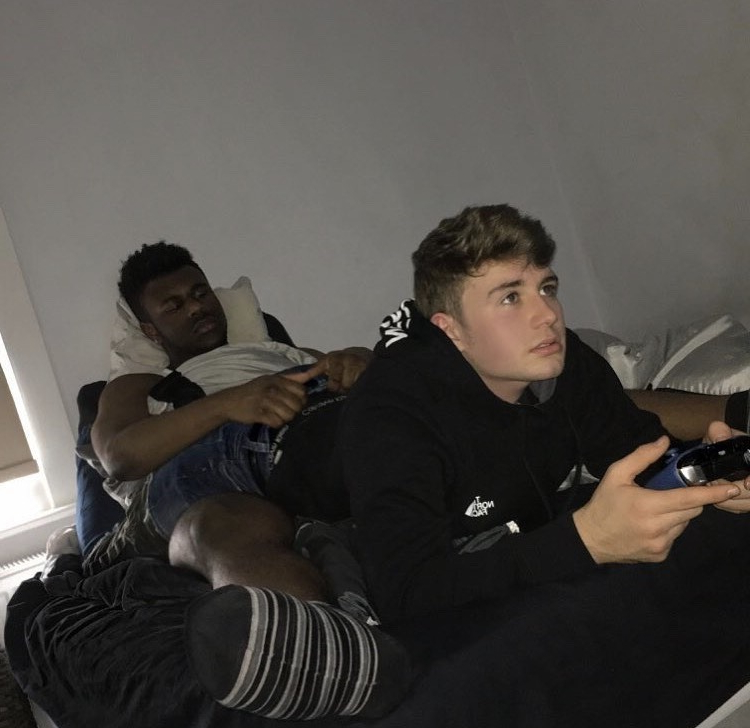 Riding while playing video games. Anyone know where this is from?   Interracial  Porn XXX   Hot XXX Gays