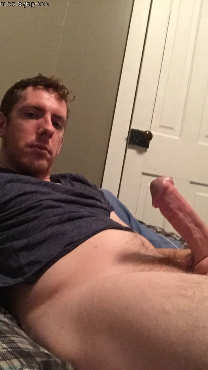 Standing at attention | Gingers  Porn XXX | Hot XXX Gays