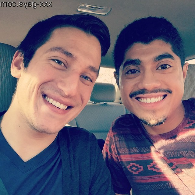 Started 2015 with a road trip to meet my boyfriend\'s family! | Gay Couples  Porn XXX | Hot XXX Gays