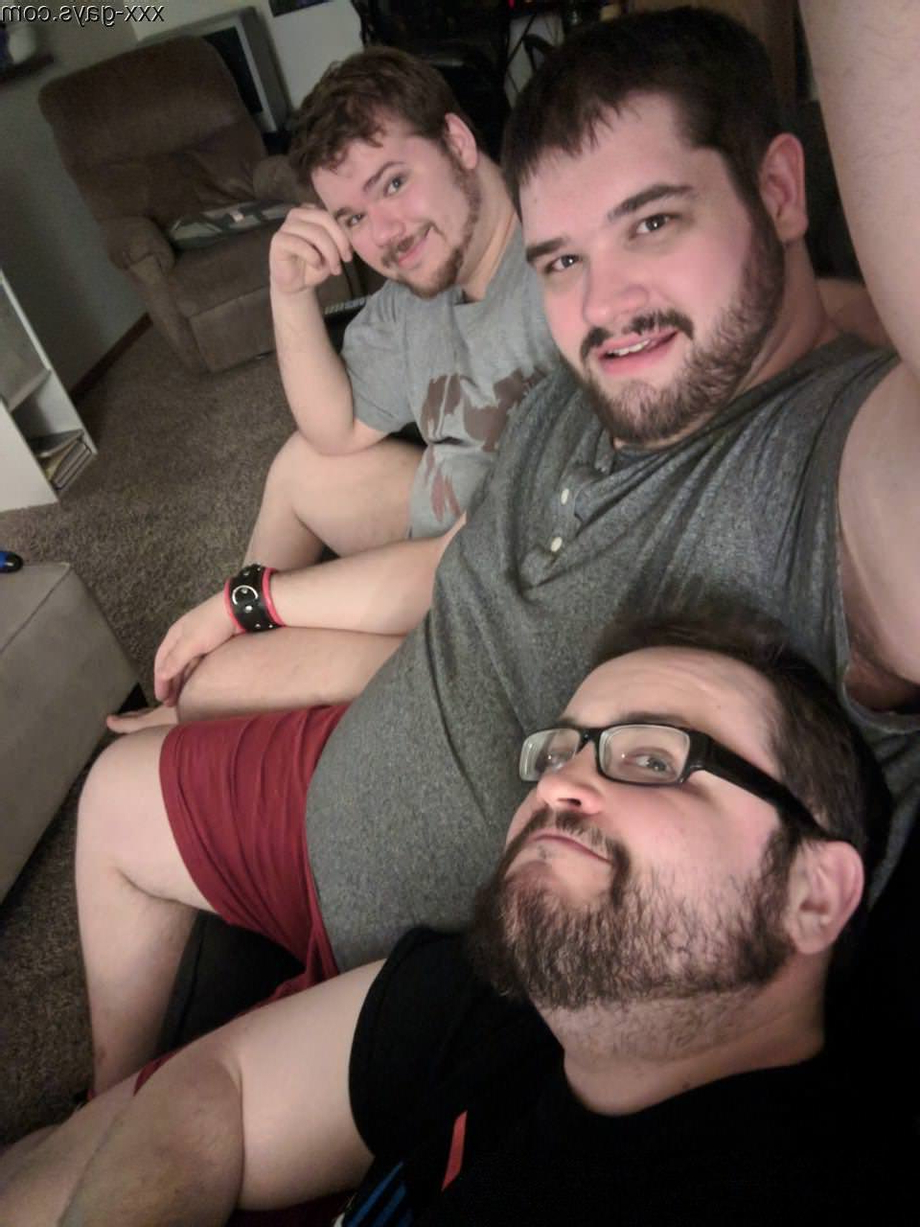 Sunday Funday! Catch us on stream from 10am-1pm CST. twitch.tv/foxboxgamers   Bears  Porn XXX   Hot XXX Gays