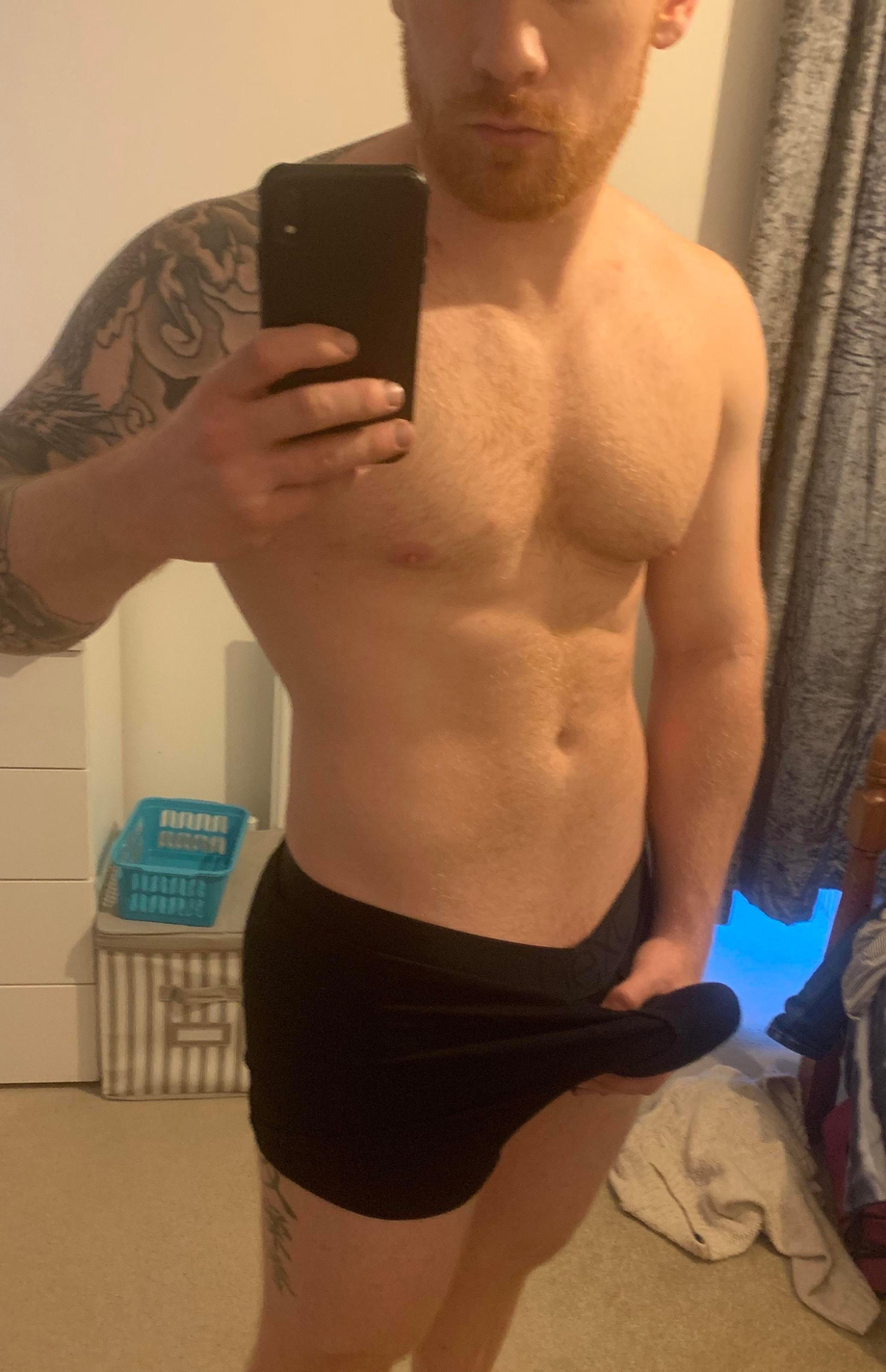 Who wants it to come out to play   Gingers  Porn XXX   Hot XXX Gays