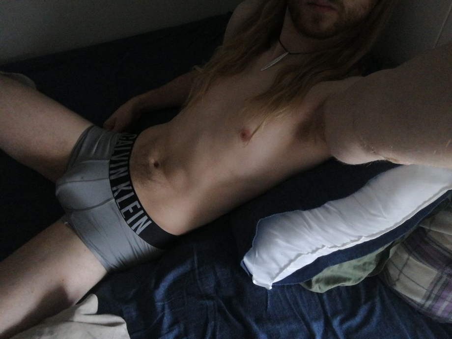 Wish I could stay in bed all day | Bulges  Porn XXX | Hot XXX Gays